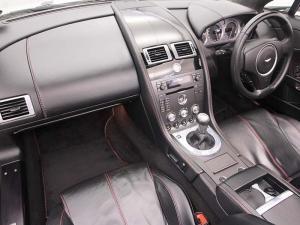 Aston Martin Vantage Roadster - Image 13
