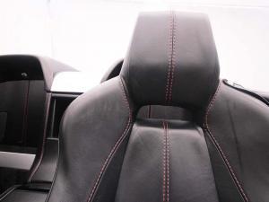 Aston Martin Vantage Roadster - Image 9