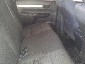 Toyota Hilux 2.4GD-6 double cab 4x4 SRX auto - Image 7