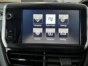 Peugeot 2008 1.6 VTiAllure - Image 13