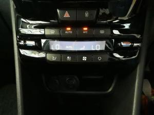 Peugeot 2008 1.6 VTiAllure - Image 14