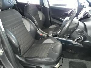 Peugeot 2008 1.6 VTiAllure - Image 8