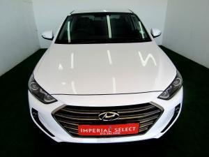 Hyundai Elantra 1.6 Executive - Image 2