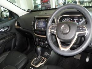 Jeep Cherokee 3.2 Limited automatic - Image 8