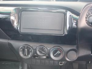 Toyota Hilux 2.4GD - Image 10