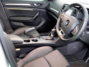 Renault Megane IV 1.2T GT-LINE EDC 5-Door - Image 15