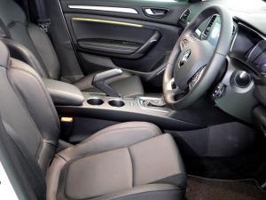 Renault Megane IV 1.2T GT-LINE EDC 5-Door - Image 16