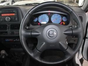Nissan Hardbody NP300 2.5 TDi HI-RIDERD/C - Image 9