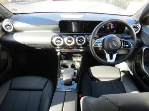 Mercedes-Benz A 200 automatic - Image 9