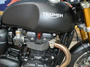 Triumph Thruxton 1200 R - Image 4
