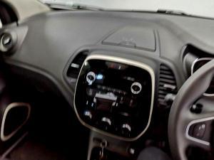 Renault Captur 900T Blaze 5-Door - Image 9