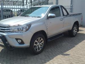 Toyota Hilux 2.8GD-6 4x4 Raider auto - Image 4
