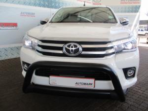 Toyota Hilux 2.8 GD-6 Raider 4X4 automaticS/C - Image 3