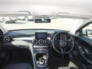 Mercedes-Benz C220 Bluetec automatic - Image 3