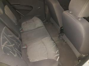 Chevrolet Spark 1.2 Campus - Image 19