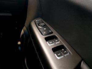 Kia Sportage 2.0 Crdi EX automatic - Image 24