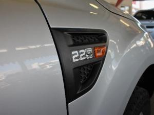Ford Ranger 2.2TDCi XLSS/C - Image 18