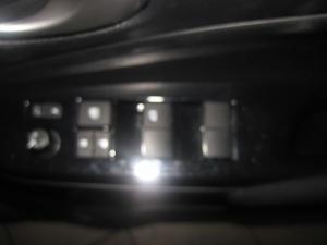 Toyota Yaris 1.5 Cross 5-Door - Image 12