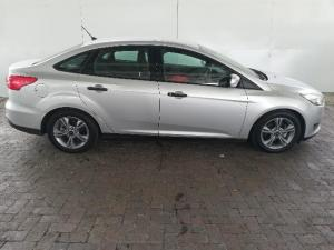 Ford Focus 1.0 Ecoboost Ambiente automatic - Image 5