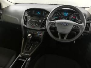 Ford Focus 1.0 Ecoboost Ambiente automatic - Image 9