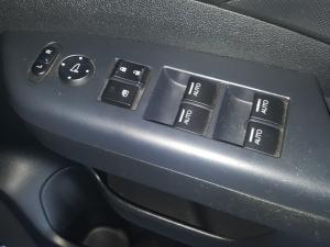 Honda CR-V 2.0 Comfort auto - Image 8