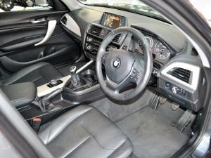 BMW 1 Series 120i 5-door - Image 3
