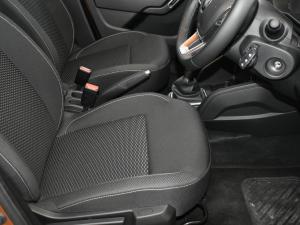 Renault Duster 1.5 dCI Dynamique EDC - Image 7