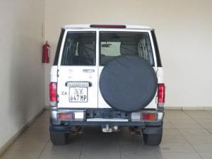 Toyota Land Cruiser 76 Land Cruiser 76 4.2D station wagon - Image 3