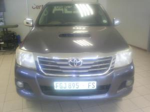 Toyota Hilux 3.0D-4D Xtra cab Raider - Image 1