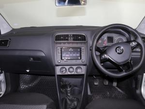 Volkswagen Polo Vivo 1.6 Highline - Image 21
