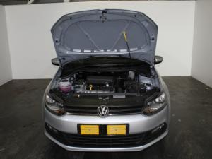 Volkswagen Polo Vivo 1.6 Highline - Image 23