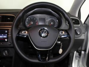 Volkswagen Polo Vivo 1.6 Highline - Image 9