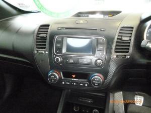 Kia Cerato Koup 1.6T GDi - Image 20