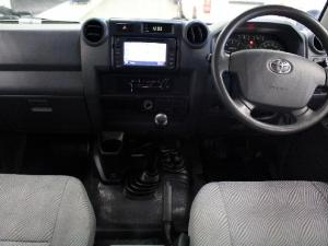 Toyota Land Cruiser 79 Land Cruiser 79 4.2D double cab - Image 9