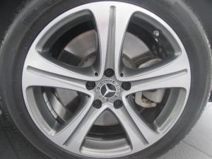 Mercedes-Benz E 400 Cabriolet 4MATIC - Image 9