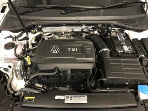 Volkswagen Passat 2.0 TSI R-LINE DSG - Image 12