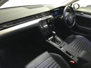 Volkswagen Passat 2.0 TSI R-LINE DSG - Image 15