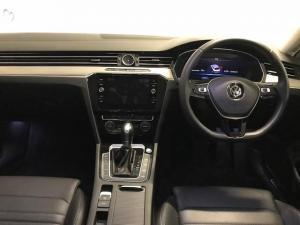 Volkswagen Passat 2.0 TSI R-LINE DSG - Image 8