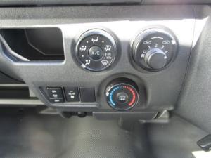 Toyota Quantum 2.5 D-4D 10 Seat - Image 16