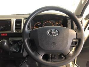 Toyota Quantum 2.7 GL 10-seater bus - Image 12