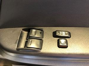 Toyota Quantum 2.5D-4D S-Long panel van - Image 14
