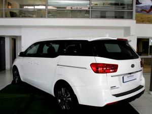 Kia Grand Sedona 2.2 Crdi EX + automatic - Image 2