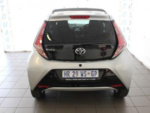 Toyota Aygo 1.0 X-Cite - Image 6