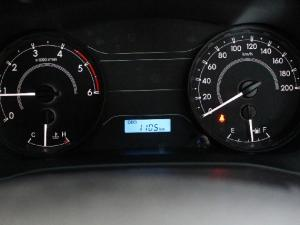 Toyota Hilux 2.4GD (aircon) - Image 11