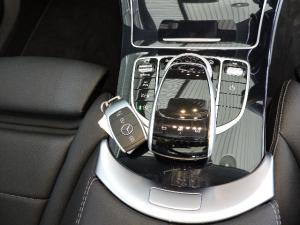 Mercedes-Benz C220d automatic - Image 22