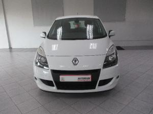 Renault Scenic 1.6 Expression - Image 2