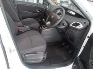 Renault Scenic 1.6 Expression - Image 6