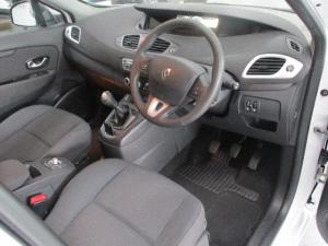 Renault Scenic 1.6 Expression - Image 7
