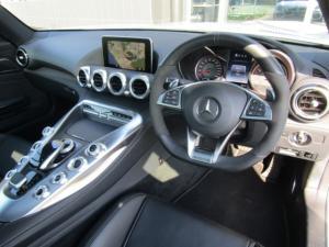 Mercedes-Benz AMG GT S 4.0 V8 Coupe - Image 9