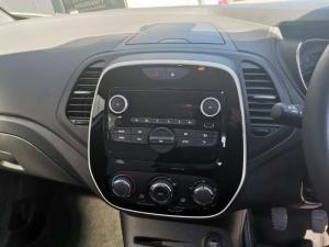 Renault Captur 900T Blaze 5-Door - Image 13